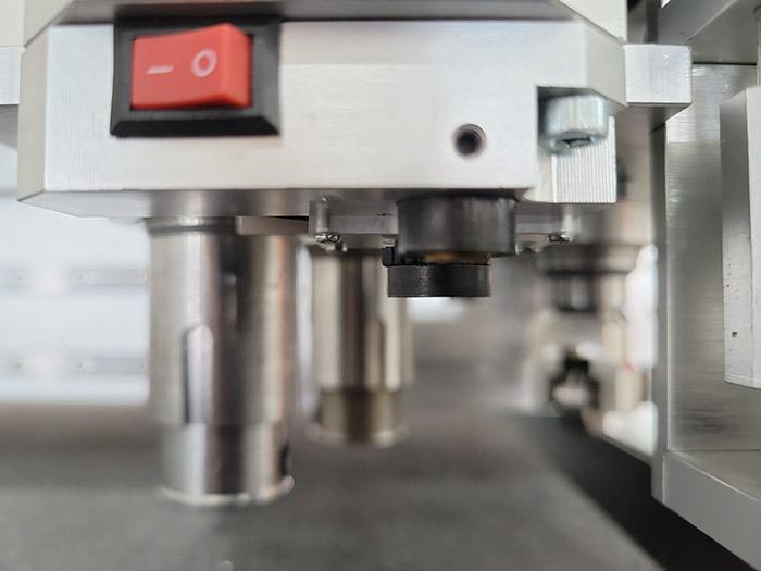 Машина новейшего типа IECHO PK1209 - большая площадь резки, лучший эффект резки